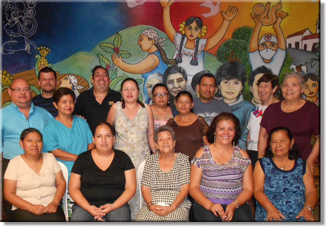 Casa-Materna-staff-in-front-of-mural