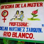 Oficina de la Mujer Rio Blanco sign